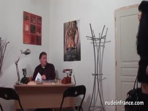 Ffm unerfahrenen arabischen cougar-rock hart geknallt und gefälschten penis für ihr vorsprechen betrunken