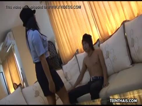 Supah super-hot thai-offizier hat einen fick wie kein anderer