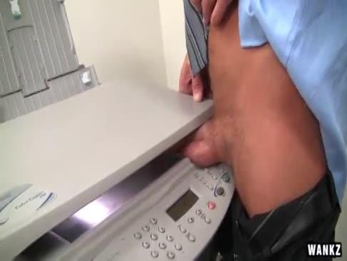 Unersättlicher milf-chef wird pummeled bis sie spritzt