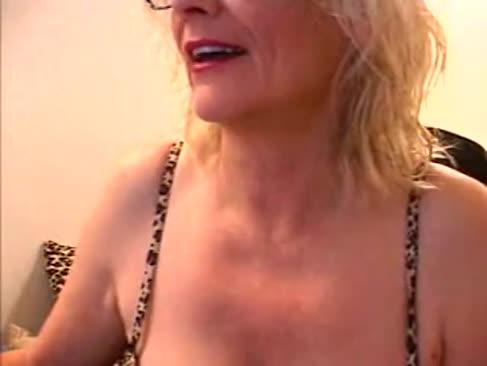 Xxx porno star zoe zane gonzo durchdringt 3 männer