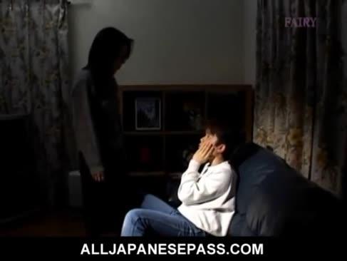 Makiko miyashita trifft ihren freund