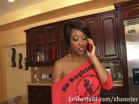Ebony stunner bekommt einen hervorragenden smash von einem verbrecher