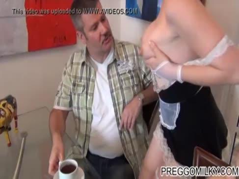 Titty milch für vier