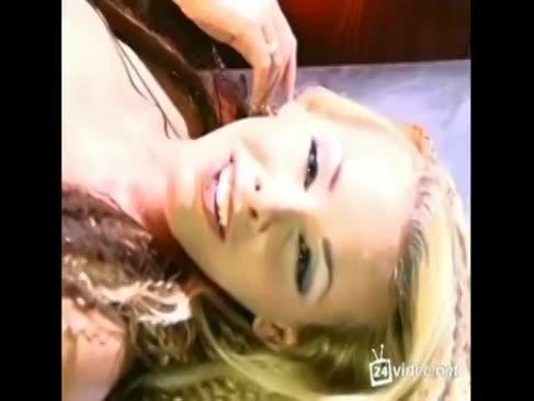 Nicole sheridan tribut von blitz