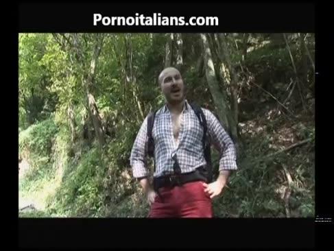 Il pompino della tardona nel bosco - die mündliche freude ältere dame im wald cazzo ita