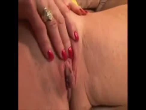Immense klitoris oma